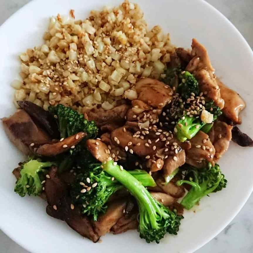 Keto Chicken Teriyaki Stir Fry with Shitaki Mushrooms and Broccoli
